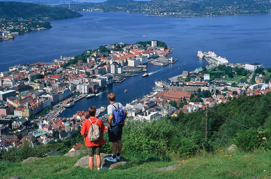 Hike at Mount Fløyen